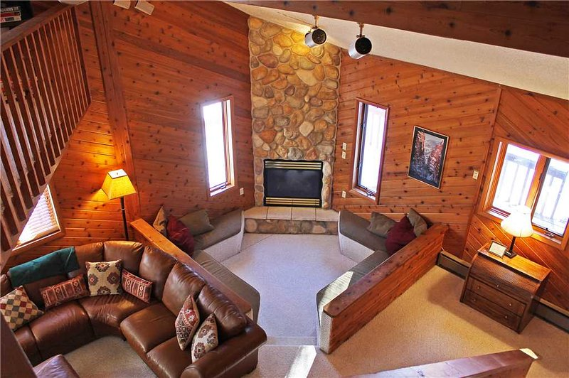 Located at Base of Powderhorn Mtn in the Western Upper Peninsula, A Large Trailside Home with Spacious Open Concept & 4-Person Whirlpool - Image 1 - Ironwood - rentals