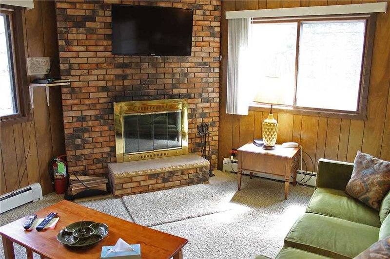 Located at Base of Powderhorn Mtn in the Western Upper Peninsula, A Quadruplex Home Within Walking Distance of Main Ski Lodge - Image 1 - Ironwood - rentals