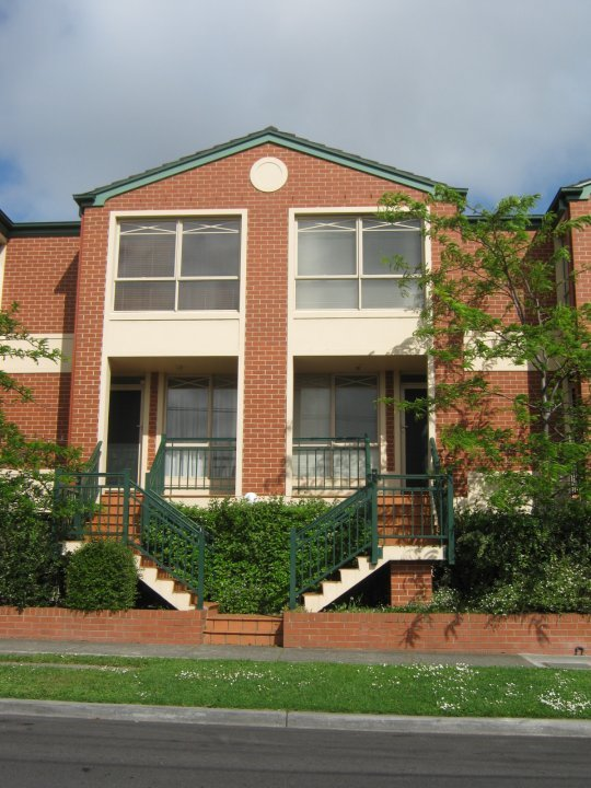 Box Hill 2 Bedroom Accommodation Box Hill 2 Bedroom Short Stay - Image 1 - Box Hill - rentals