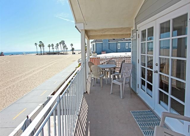 Newly Renovated Triplex, Ocean Front, Private Balcony, Views, BBQ ! (68166) - Image 1 - Newport Beach - rentals