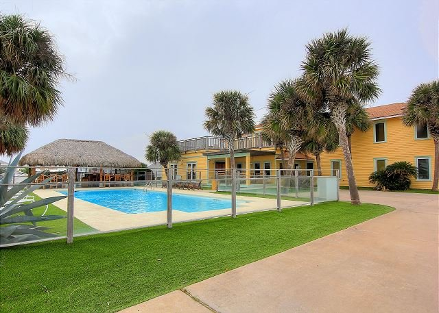 5500 square foot beach house situated on 1.86 acres overlooking the Gulf! - Image 1 - Port Aransas - rentals