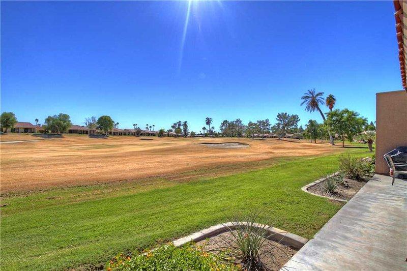 Palm Desert Resort CC-Play Golf-Tennis! Cozy Condo (PS265) - Image 1 - Palm Desert - rentals