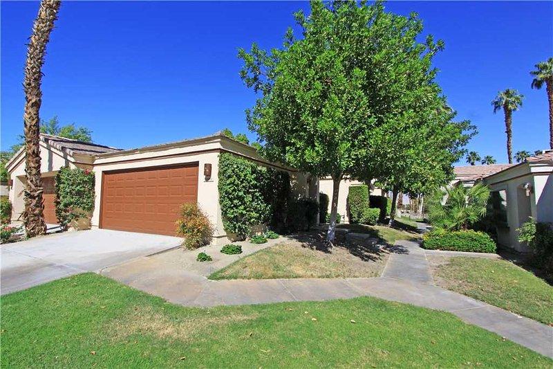 Sports Golf Membership! Nice Condo-Palm Valley CC (V3905) - Image 1 - Palm Desert - rentals