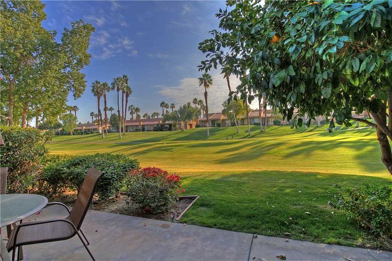 Palm Valley CC (VS811)--Great Location, Nice Unit! - Image 1 - Palm Desert - rentals