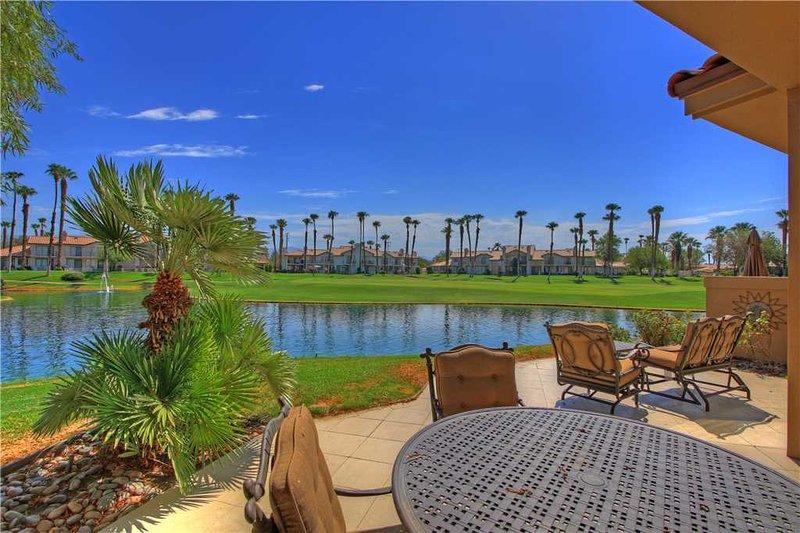 Palm Valley CC-(VZ093) Platinum Member! Large Floor Plan - Image 1 - Palm Desert - rentals