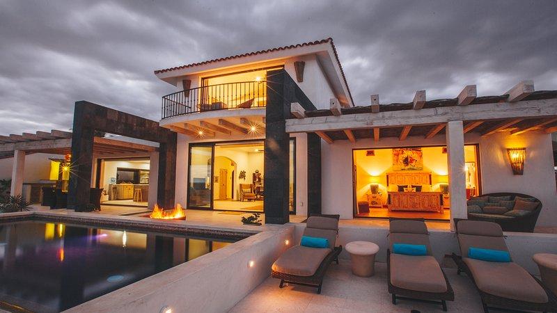Chic, contemporary, eco-friendly beachfront villa - Image 1 - San Jose Del Cabo - rentals