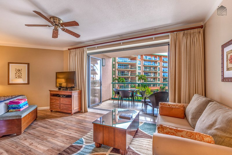 The nano walls fold away to reveal the lanai, along with its dining table for 3. - Beachfront with Luxury Hotel Amenities at Maui's #1 Resort, Kitchen & More Space - The Leilani at 331 Konea - Ka'anapali - rentals