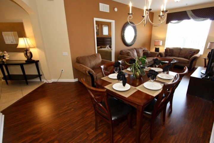 Open living and dining areas - 4126 Vista Cay - Orlando - rentals