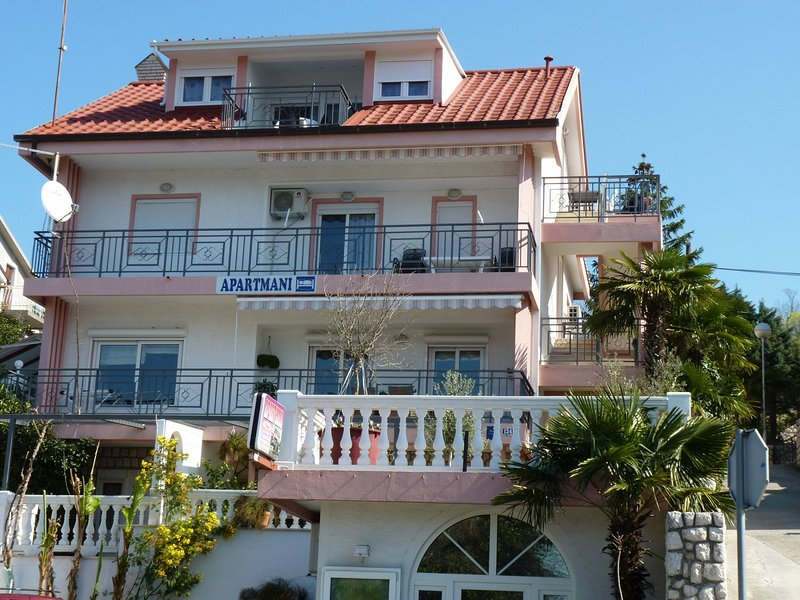 house - 2124  SA1 zuti(2+1) - Crikvenica - Crikvenica - rentals