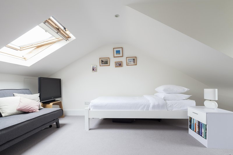 onefinestay - Fitzwilliam Road II private home - Image 1 - London - rentals