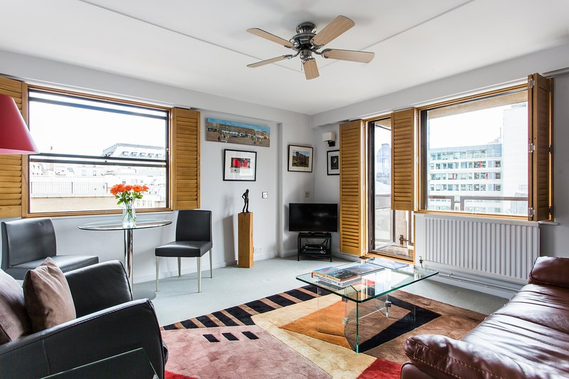 onefinestay - Newton Street private home - Image 1 - London - rentals