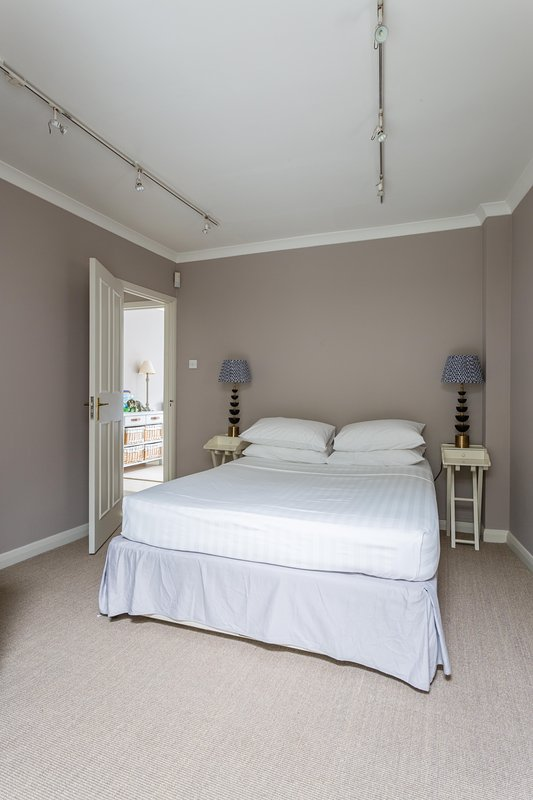 onefinestay - Shepherds Bush Place private home - Image 1 - London - rentals