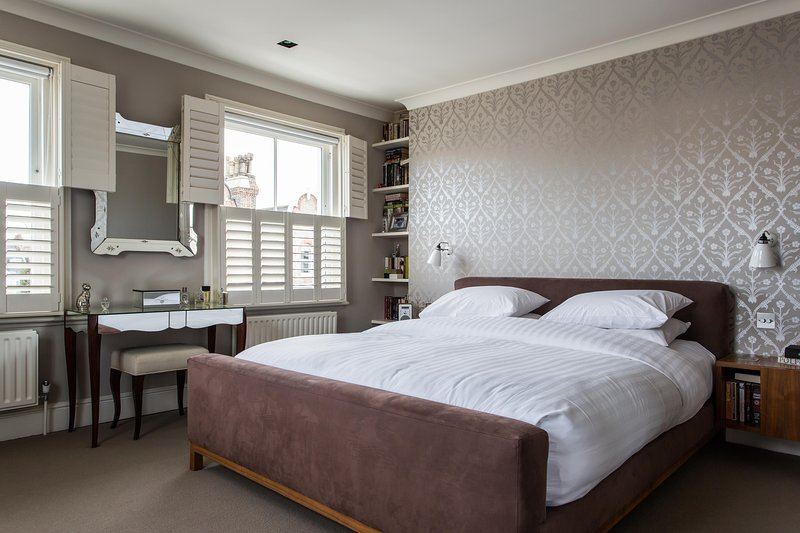 onefinestay - Spencer Road private home - Image 1 - London - rentals