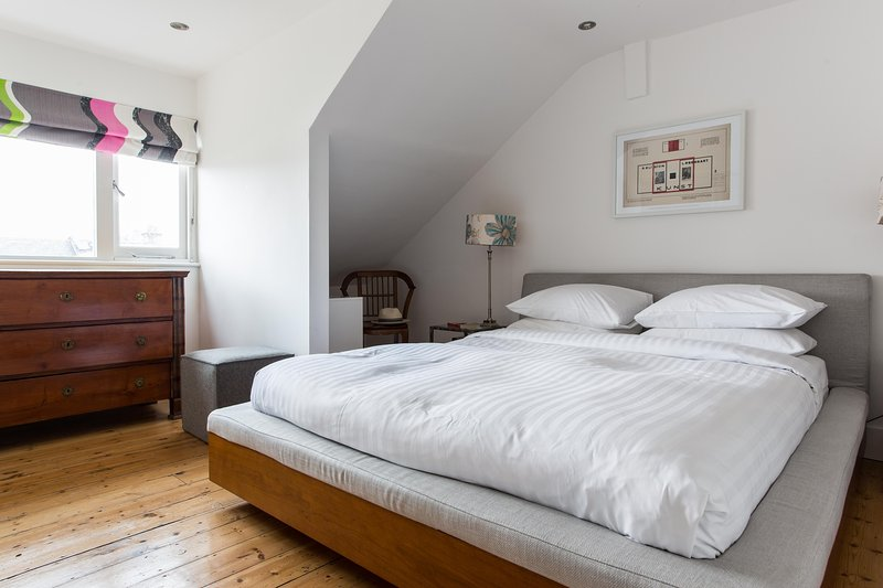onefinestay - Wallingford Avenue V private home - Image 1 - London - rentals