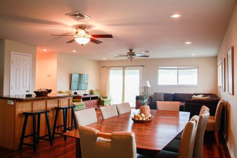 Upstairs unit - Serenity Getaway Estate 5bd Ocean View and Breeze - Hauula - rentals