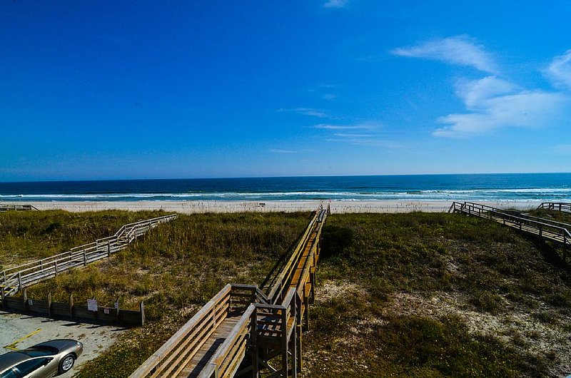 THE VIEW! - Song of the South-Amazing  Oceanfront Duplex, W/Elevator 4 bedrooms lower level - Carolina Beach - rentals