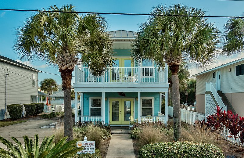Welcome to Toes in the Sand!  A beautiful beach home just feet from the beach!! - Toes in the Sand - Destin - rentals
