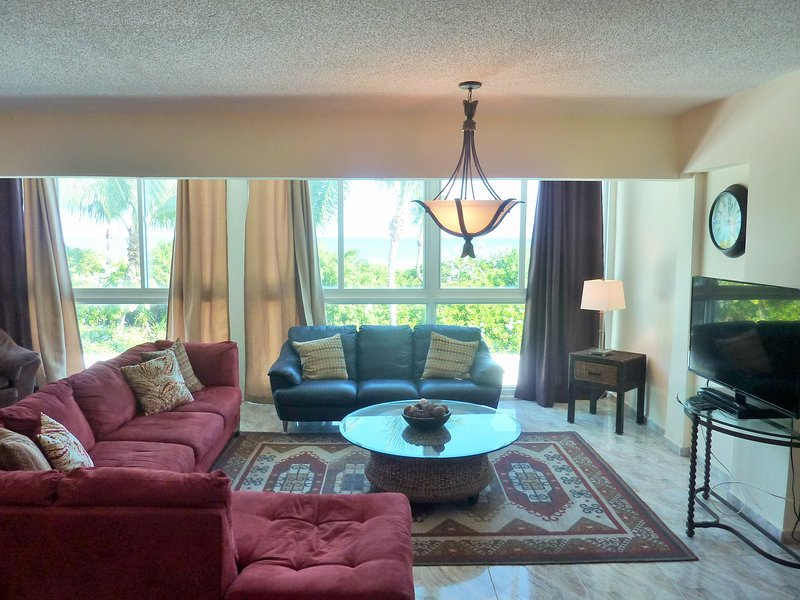 Beachfront townhouse 5 - Image 1 - Miami Beach - rentals