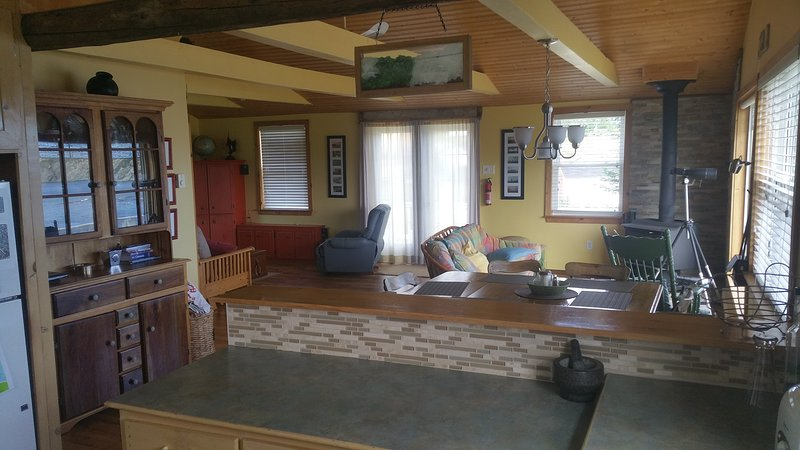 Wide open concept living area with a great view! - Little Wild Cove Cottage - Twillingate - rentals