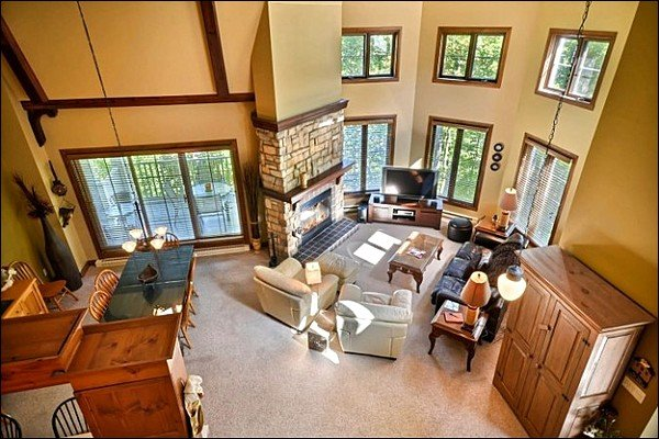 The Luxurious Open Concept Living and Dining Room Arial View - Mountain, Forest and Village Views - Modern and Stylish Interior (6145) - Mont Tremblant - rentals