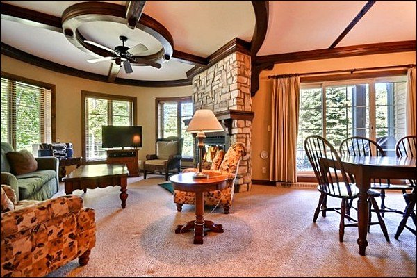 This Unit is Beautifully Decorated Through and Through - Common Area Hot Tub and Swimming Pool Available in the Summer Months - Ski Lockers at Door Step (6134) - Mont Tremblant - rentals