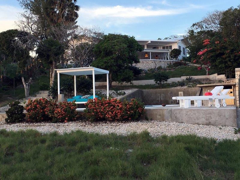 Hikaru means to shine - Villa Hikaru - with swimming pool and tennis court - Treasure Beach - rentals
