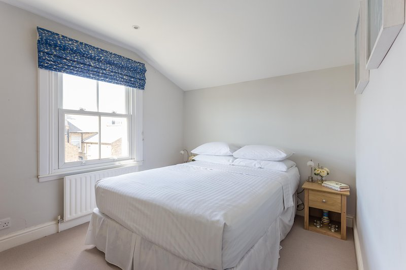 onefinestay - Alderbrook Road II  private home - Image 1 - London - rentals