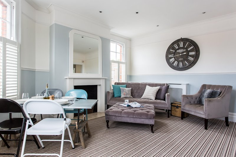 onefinestay - Alexandra Mansions private home - Image 1 - London - rentals