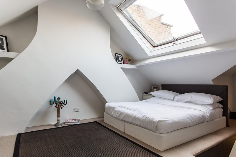 onefinestay - Altenburg Gardens IV private home - Image 1 - London - rentals