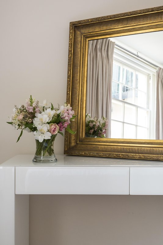 onefinestay - Bourne Street private home - Image 1 - London - rentals