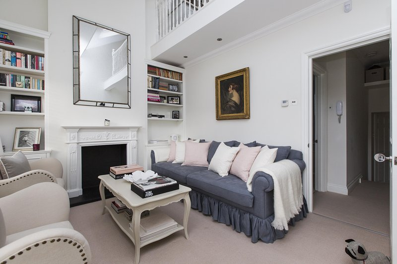 onefinestay - Broughton Road II private home - Image 1 - London - rentals
