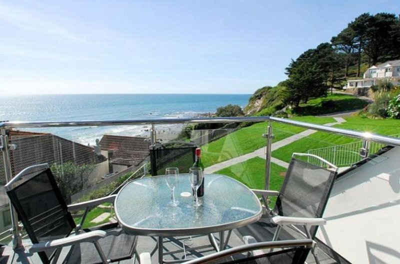 27 Mount Brioni located in Seaton, Cornwall - Image 1 - Looe - rentals