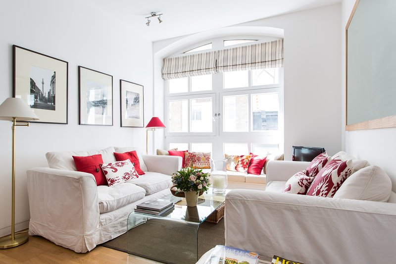 onefinestay - Carter Lane private home - Image 1 - London - rentals