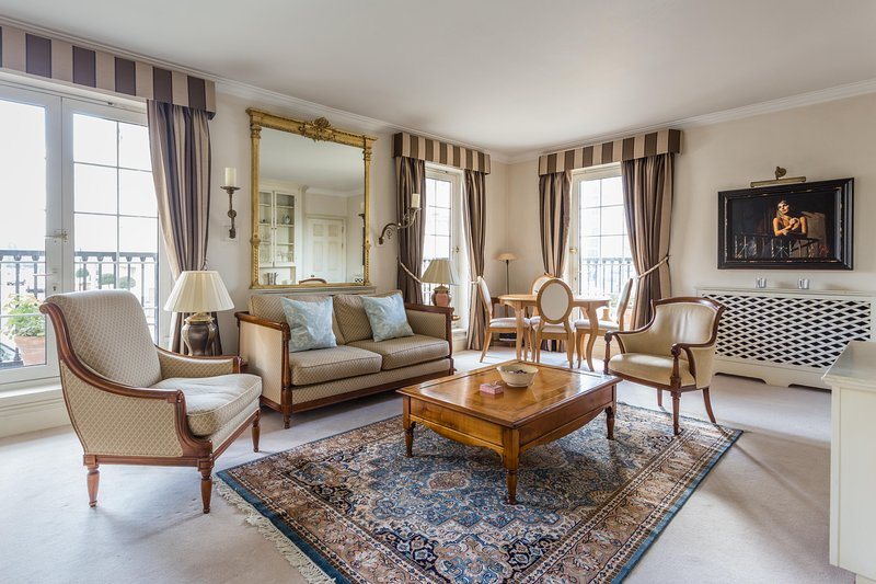 onefinestay - Chelsea Harbour private home - Image 1 - London - rentals