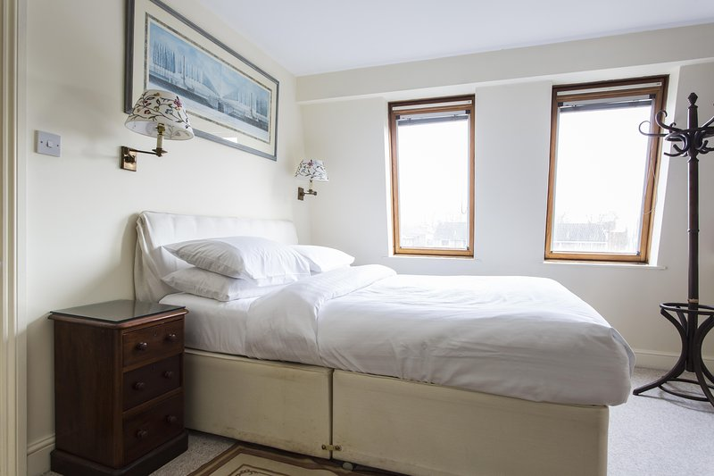 onefinestay - Cleveland Avenue private home - Image 1 - London - rentals