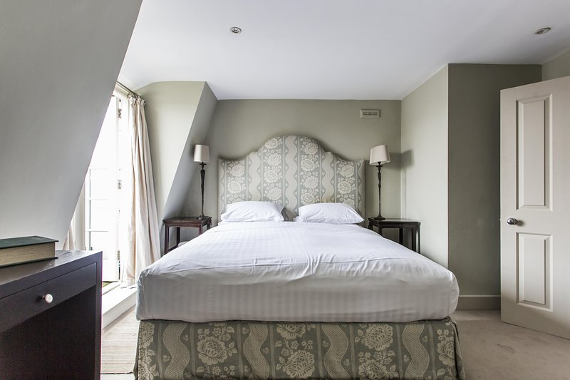 onefinestay - Cornwall Gardens III private home - Image 1 - London - rentals