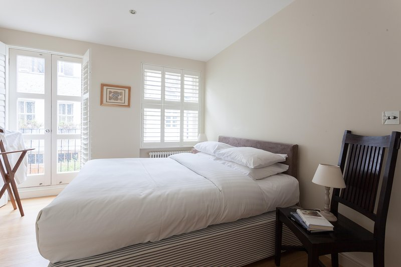 onefinestay - Cranley Mews V private home - Image 1 - London - rentals