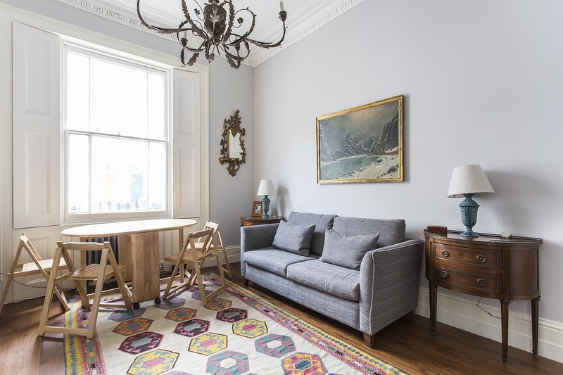 onefinestay - Cumberland Street V private home - Image 1 - London - rentals