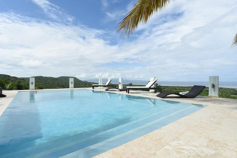Skyfall - Top of the World Views - Image 1 - Vieques - rentals