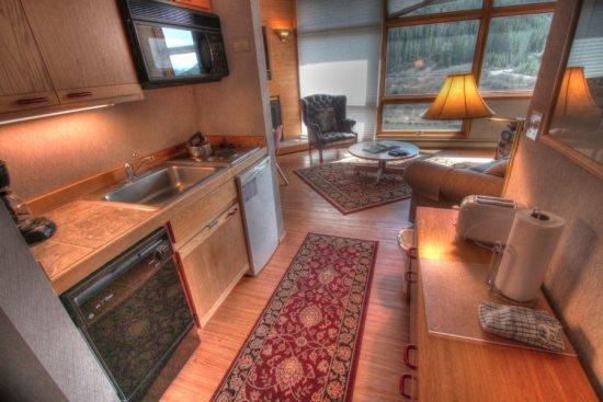 2920 Riverbank Lodge - Image 1 - Keystone - rentals