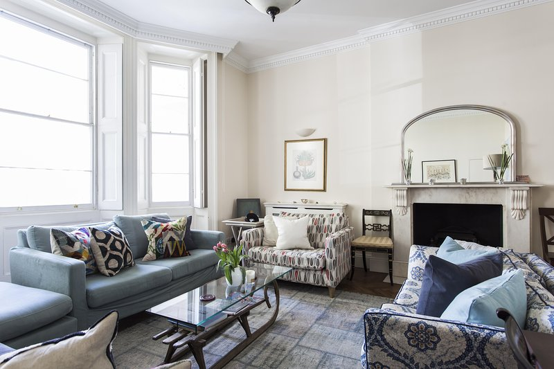 onefinestay - St George's Square X private home - Image 1 - London - rentals