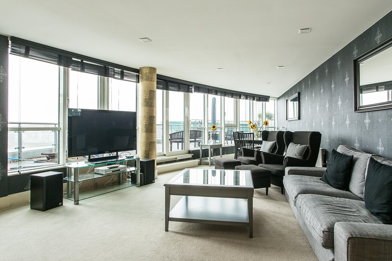 onefinestay - St George's Wharf V private home - Image 1 - London - rentals