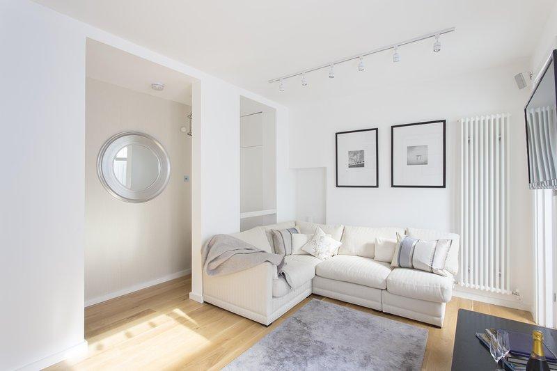 onefinestay - Stadium Street III private home - Image 1 - London - rentals