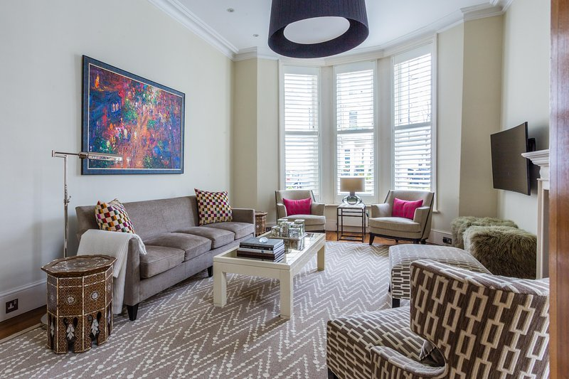 onefinestay - Stanley Crescent private home - Image 1 - London - rentals