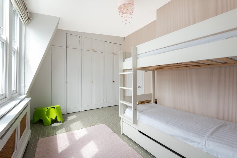 onefinestay - Sutherland Street II private home - Image 1 - London - rentals