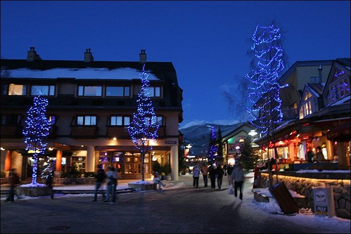 Exterior View - Shared Indoor Pool and Hot Tub - Located in the Heart of Whistler Village (4013) - Whistler - rentals