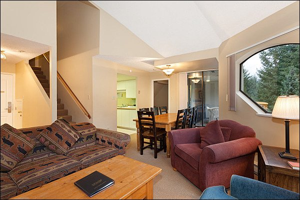 Beautiful Open Concept Luxury - Shared Hot Tub and Pool - 2 Bedroom + Loft (4038) - Whistler - rentals