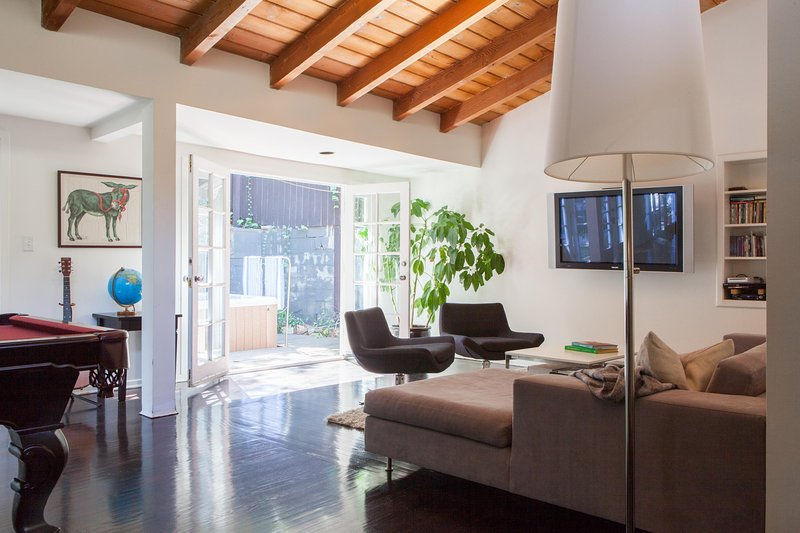 onefinestay - Laurel Canyon Boulevard private home - Image 1 - Los Angeles - rentals