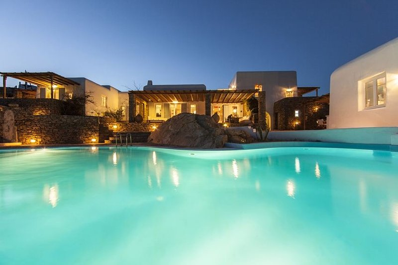 Selena - Privacy and exceptional sea views - Image 1 - Mykonos Town - rentals