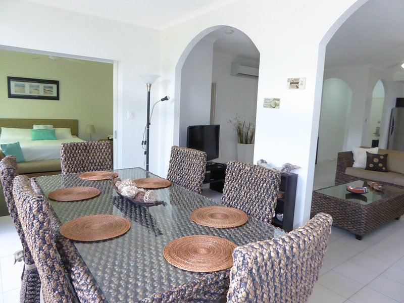 You won't want to leave! - Image 1 - Palm Cove - rentals
